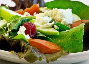 Dieta dopo le feste di natale: gli alimenti che aiutano a depurare
