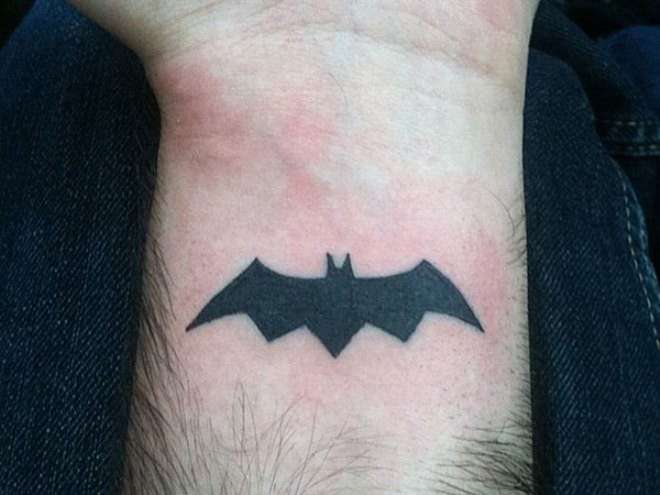 Tatuaggi piccoli per uomo a cui ispirarsi