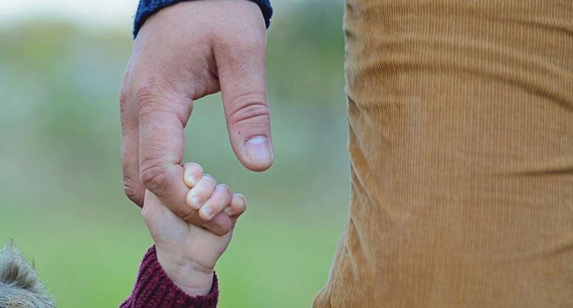 Festa del Papà, frasi per messaggi di auguri originali