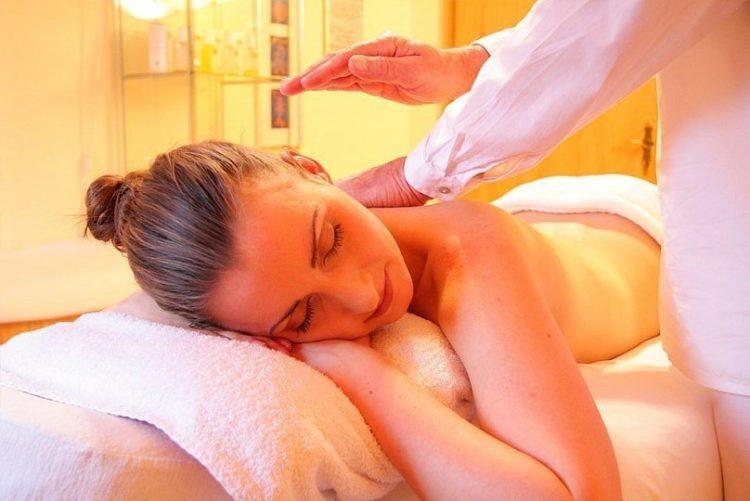 Il massaggio californiano: cos'è e come si fa