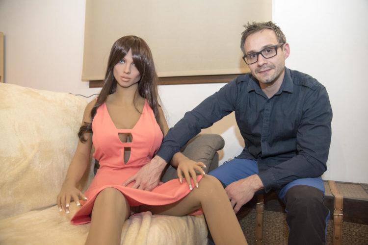 Samantha il robot sessuale che realizza i desideri