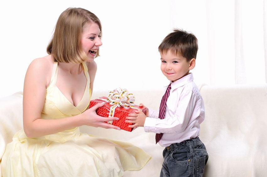 Le migliori idee regalo per la festa della mamma