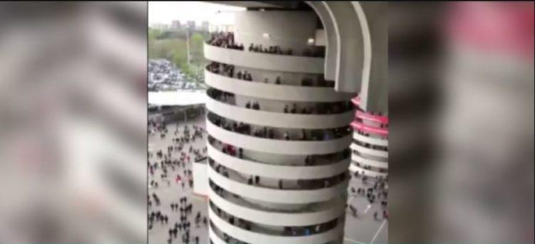 Il video dell'incredibile illusione ottica delle torri dello stadio di San Siro