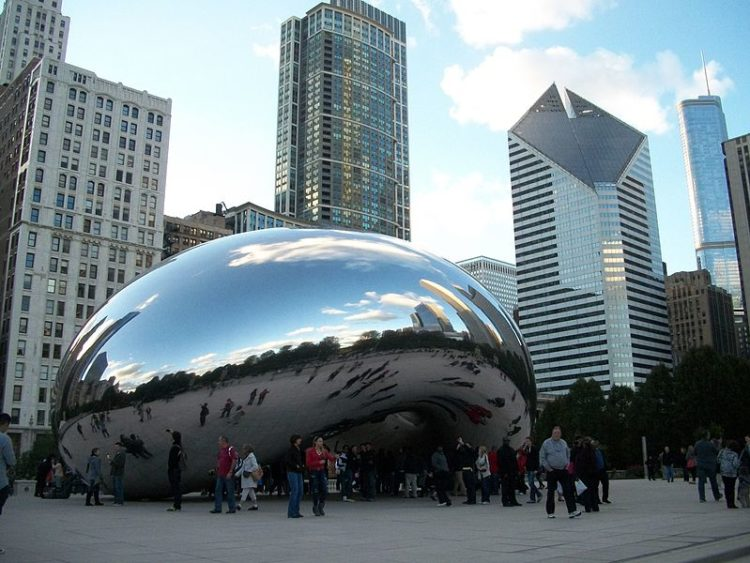 Monumenti strani, Cloud Gate di Chicago