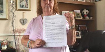 Donna inglese in Spagna si lamenta per i troppi spagnoli e chiede il risarcimento