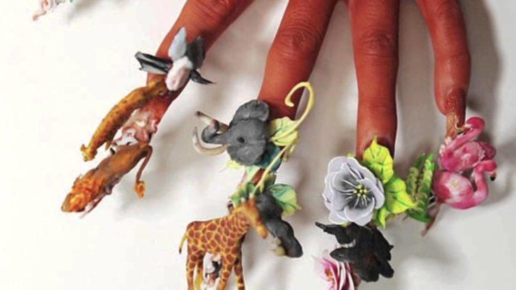 Tutte le novità e i ritorni della nail art trash per il 2019