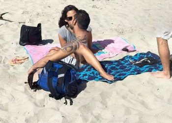 La strana foto degli innamorati trovata su Google Maps è diventata virale