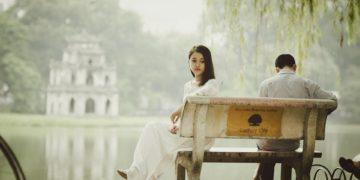 Come gestire la scappatella estiva del proprio partner?