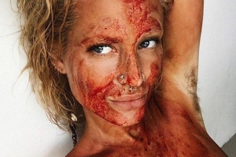 sangue-mestruale-viralpop