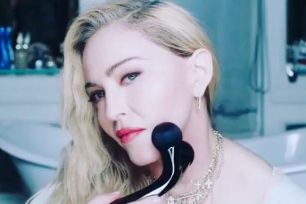madonna roller beauty - scambiato per sex toy